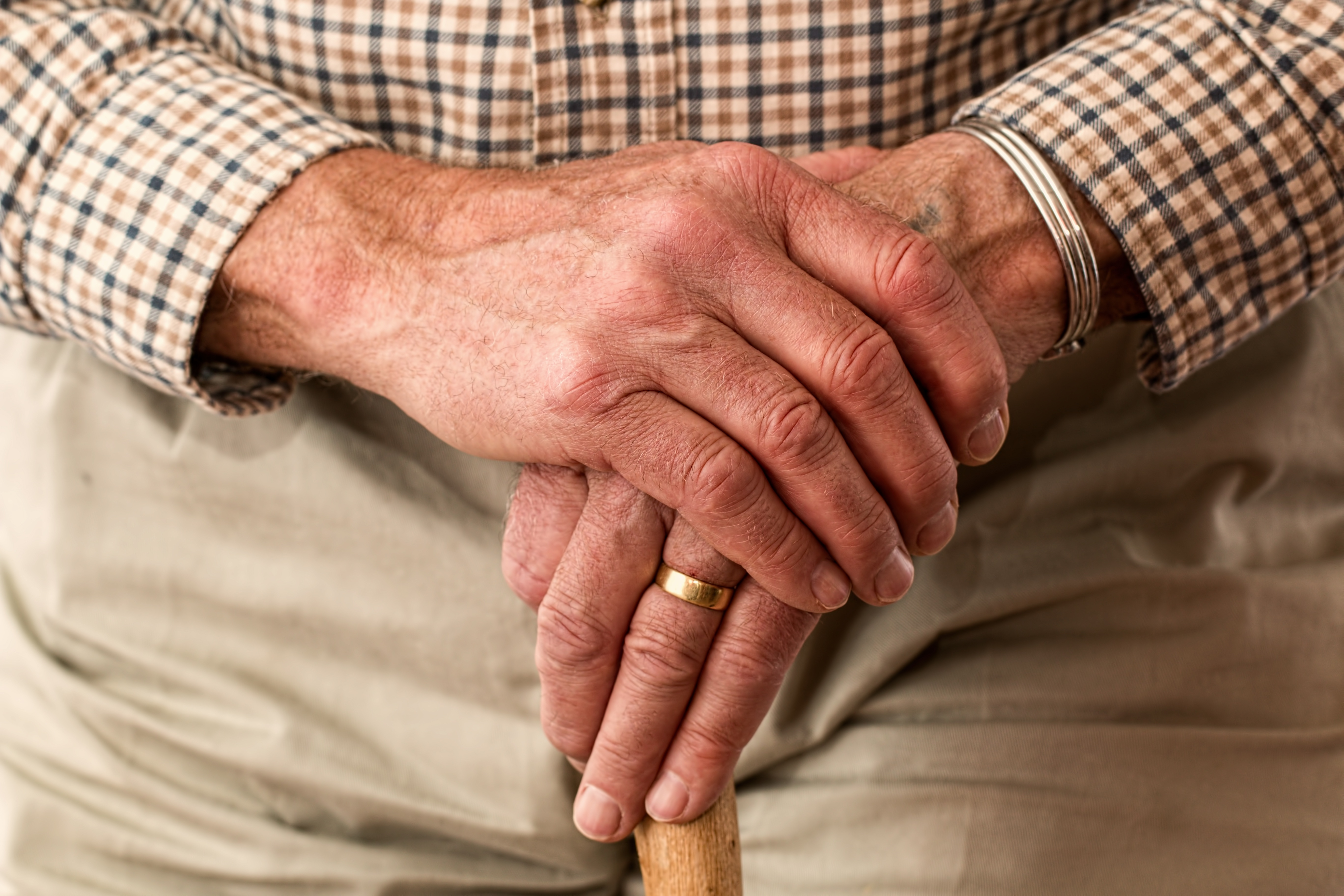 Those with arthritis may qualify for Social Security disability benefits. Learn how to qualify.